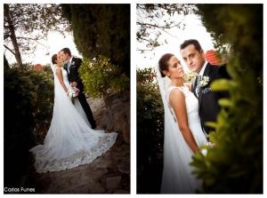 Fotografía de Boda en Granada de Marta y Victor. Posan recién casados