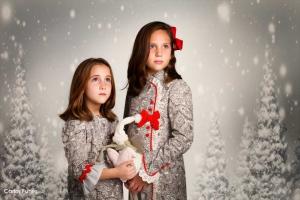Irene y Sara posan en una sesión de fotos para felicitar la navidad