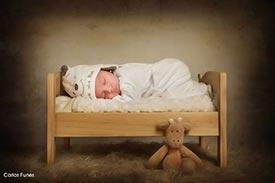 Enzo, este precioso bebé posa para su book new born