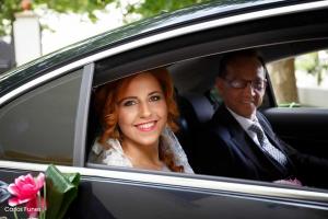 Salida del coche de la novia