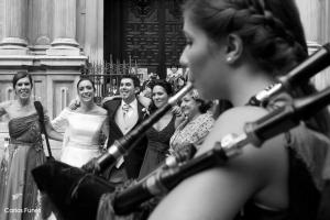 Salida de la Iglesia de la boda de Ismael y Esther en Granada