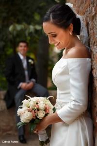 Felices Ismael y Esther recién casados en Granada