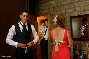 Carlos se prepara para la boda