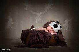 Fotografía de Lara para su album de fotos. Estudio Carlos Funes